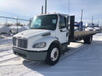 2005 Freightliner Single Axle 26′ Flatbed